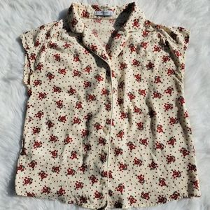 Tops - Floral Sleeveless Button Up